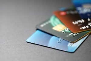 Know About the Various Credit Card Types, Benefits & Compare to Choose the Best One for You