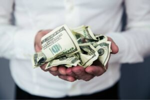 Four Smart Ways of Earning Extra Cash